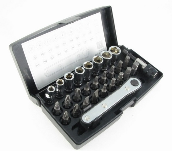 28Pcs Ratchet Socket & Bit Set